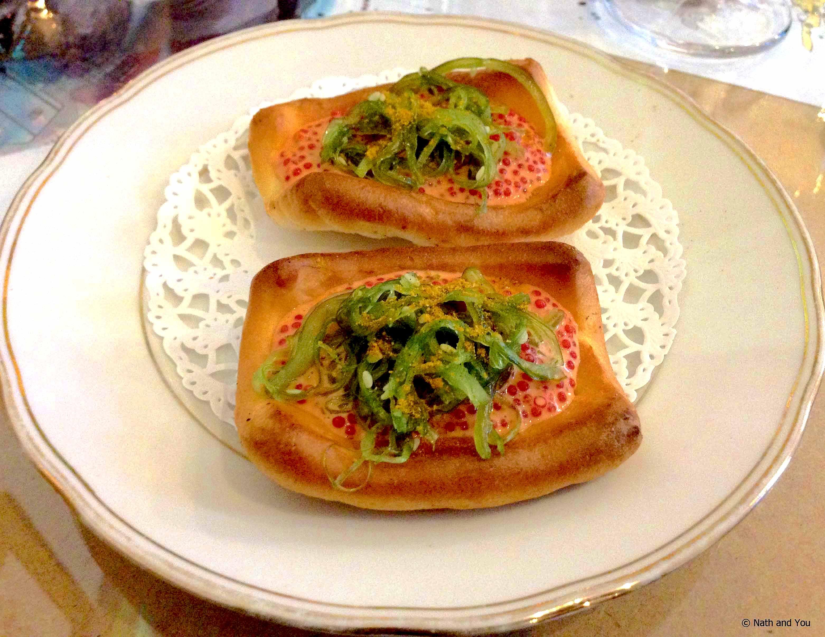 Canape oeufs de lompe restaurant coquille d oeuf saint for Canape restaurant