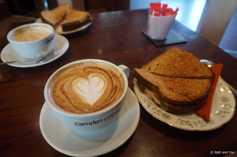 Breackfast-Camden-Market-Weekend-Londres-Nath-and-you