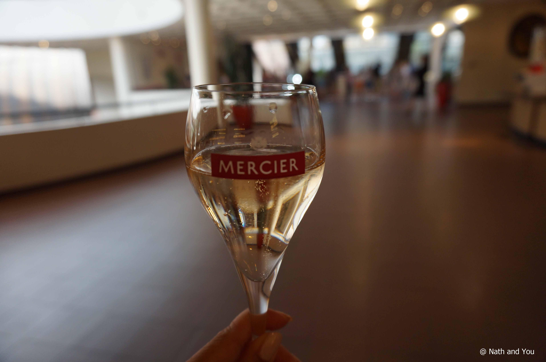 flute a champagne mercier