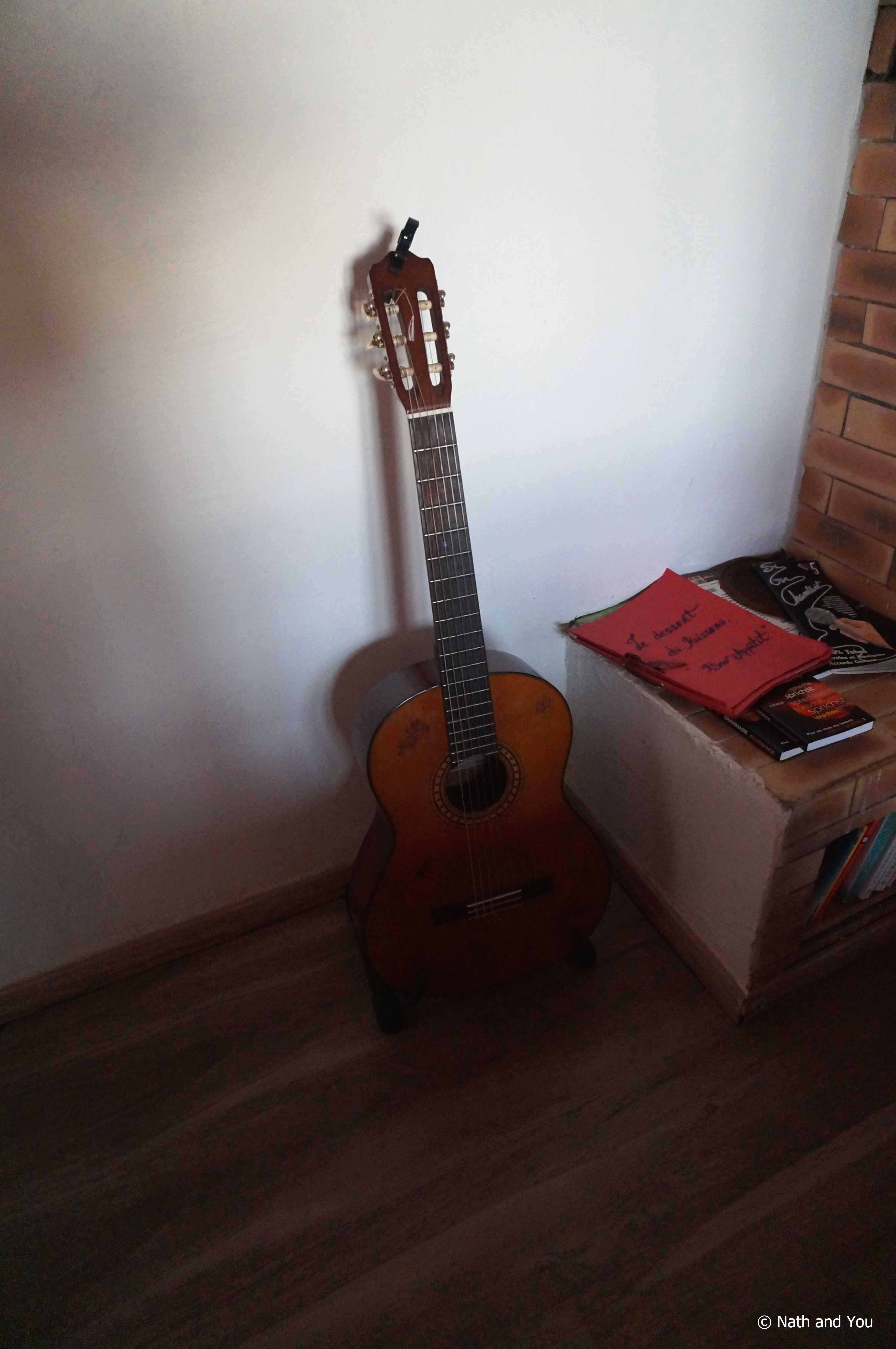 Guitare-Philippe-Le-Ruisseau-Reunion-Nath-and-You