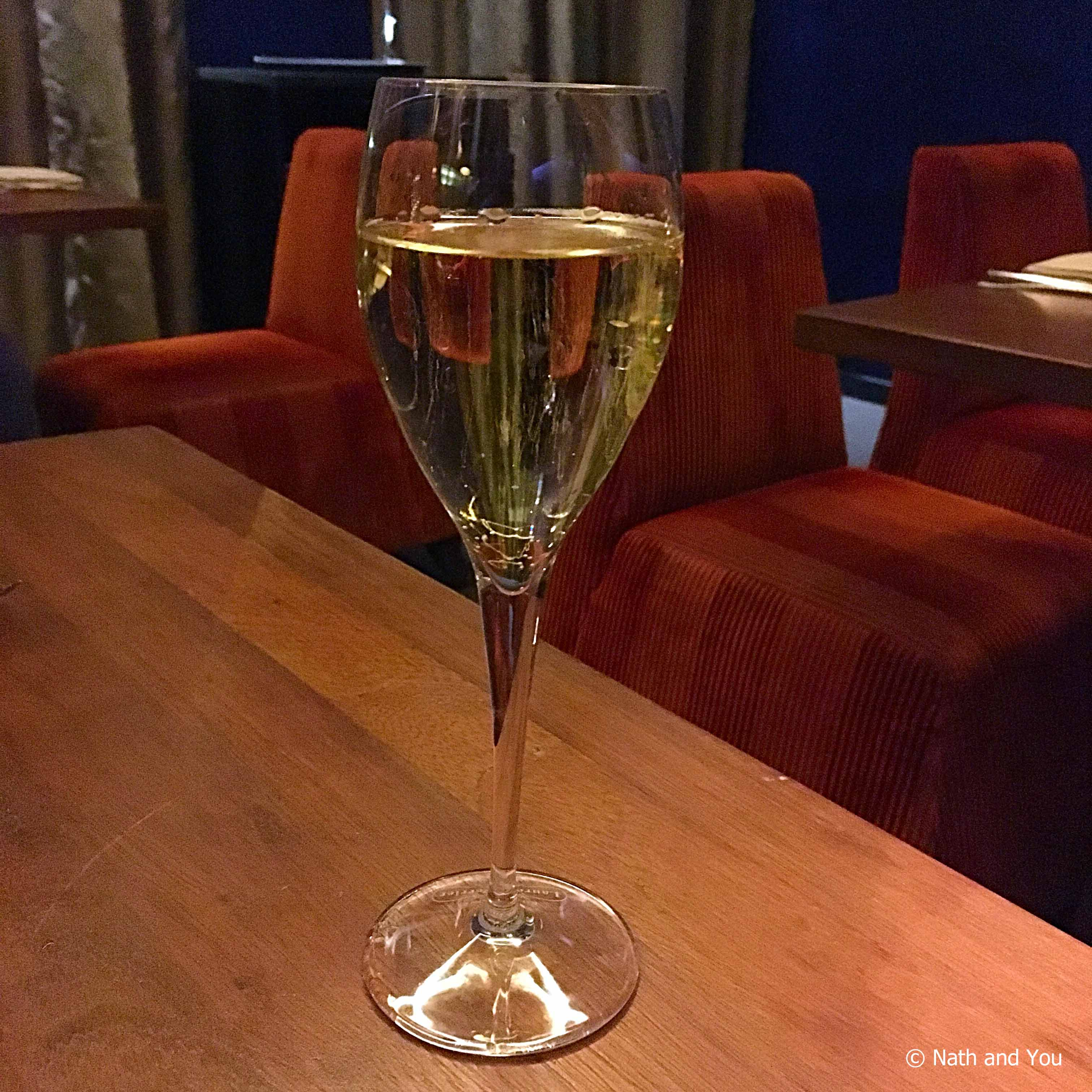 champagne-restaurant-1k-perou-nath-and-you